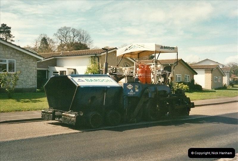 2000-04-13. Resurfacing work, Poole, Dorset. (16)066066