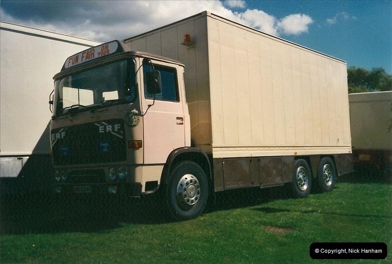 2000-08-19 Christchurch, Dorset.  (2)087087