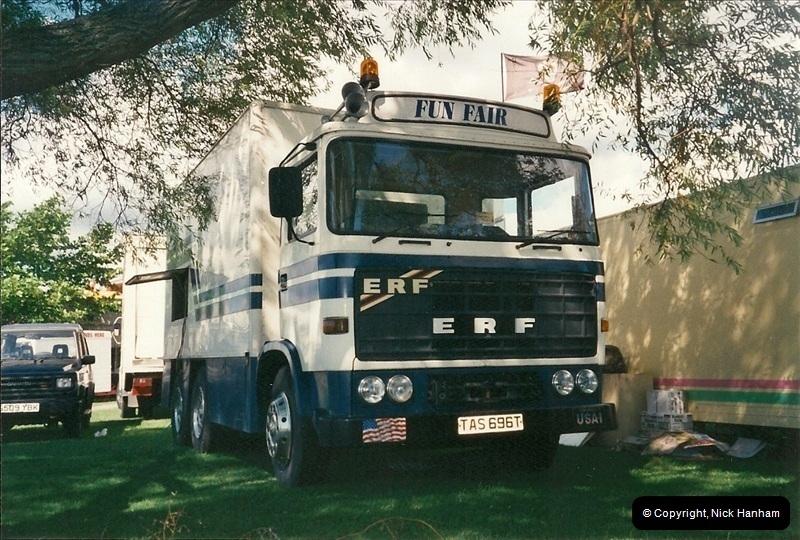 2000-08-19 Christchurch, Dorset.  (3)088088