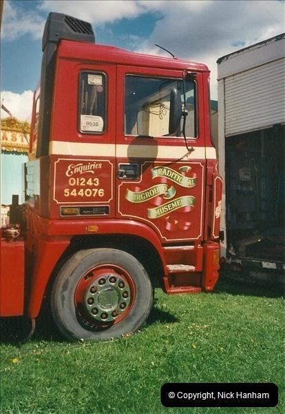 2000-08-23 Poole, Dorset.  (2)096096
