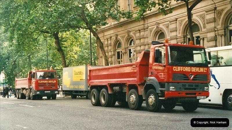 2000-09-08 London.  (2)107107