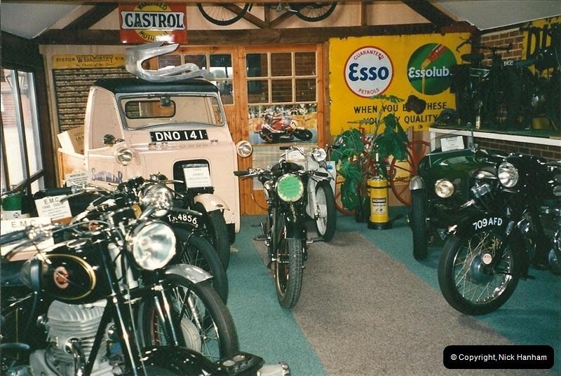 2000-10-29 Sammy Miller Motorcycle Museum, New Milton, Hampshire.  (3)125125