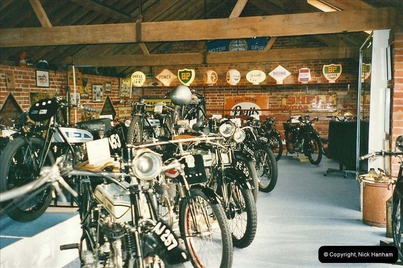 2000-10-29 Sammy Miller Motorcycle Museum, New Milton, Hampshire.  (13)135135