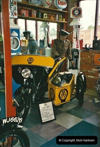 2000-10-29 Sammy Miller Motorcycle Museum, New Milton, Hampshire.  (15)137137