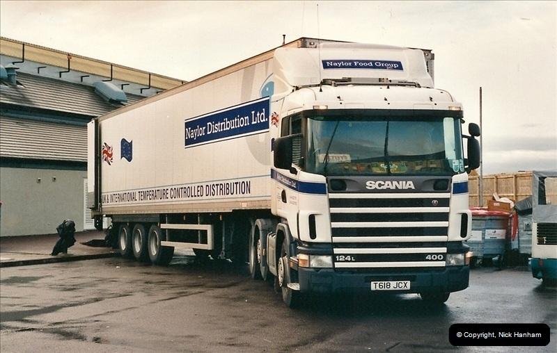 2000-11-08 Swindon, Wiltshire.138138