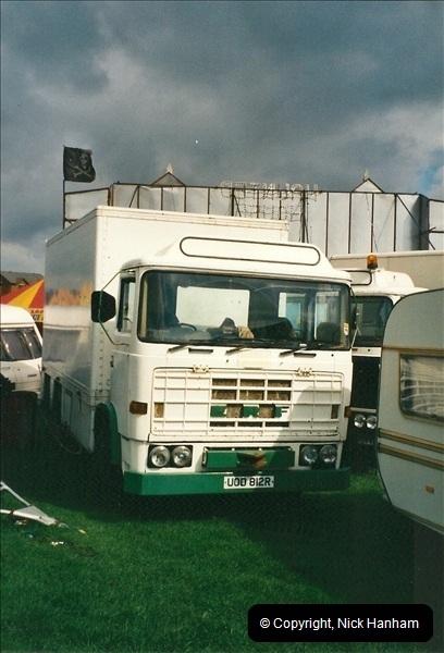 2001-04-08 Poole, Dorset.  (2)146146