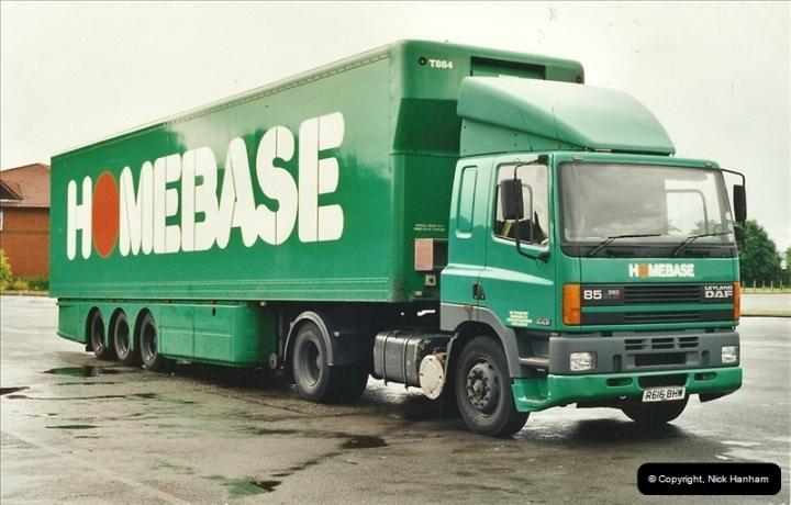 2001-06-15 Newbury, Berkshire.  (2)153153