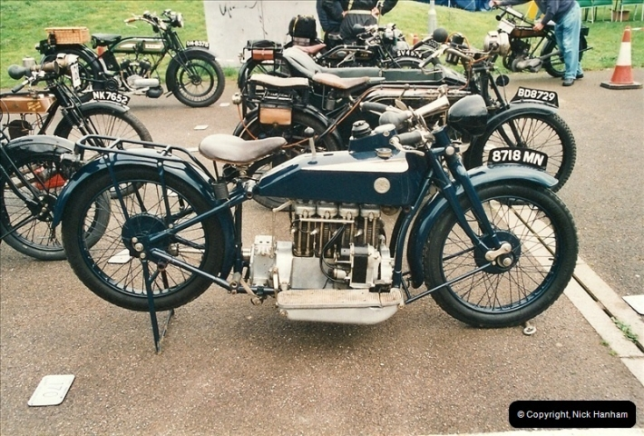 2002-06-17. The Vintage Motorcycle Club's Banbury Run, Banbury, Oxfordshire. (5)209209