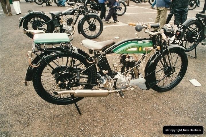 2002-06-17. The Vintage Motorcycle Club's Banbury Run, Banbury, Oxfordshire. (10)214214
