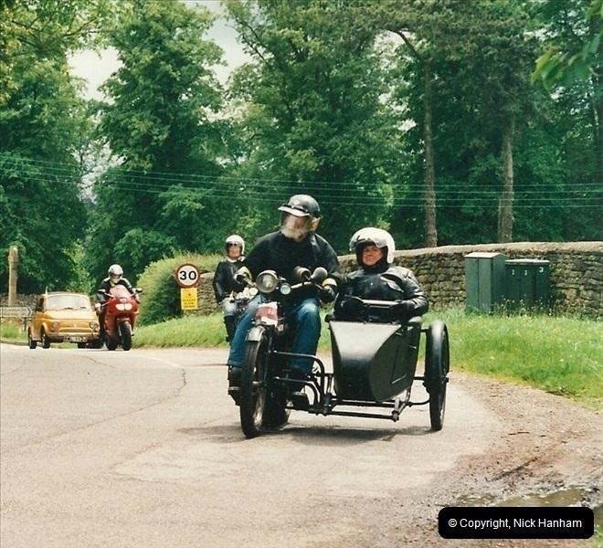 2002-06-17. The Vintage Motorcycle Club's Banbury Run, Banbury, Oxfordshire. (36)240240