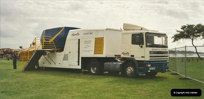 2002-06-22 Poole, Dorset.  (1)244244