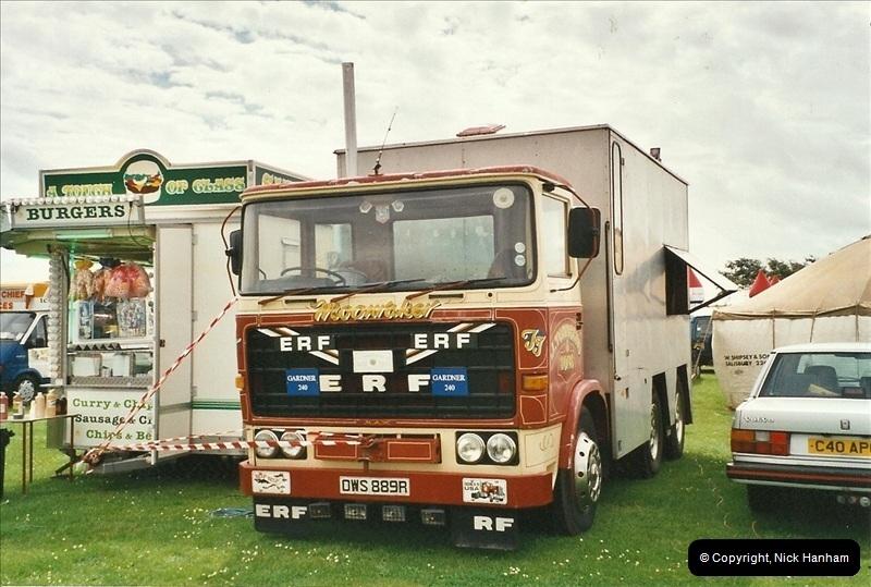 2002-06-22 Poole, Dorset.  (2)245245