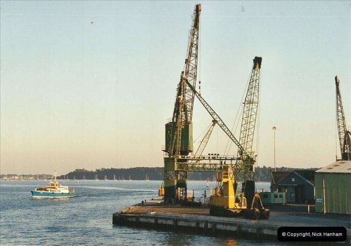 2002-09-13. Poole Quay, Poole, Dorset.  (3)274274