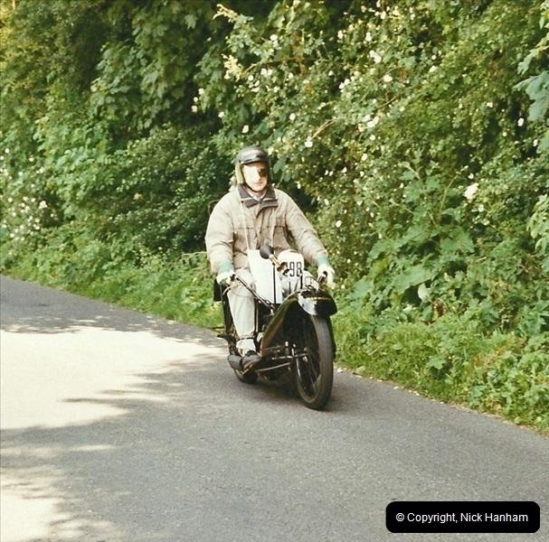 2003-06-15. VMCC Banbury Run, Banbury, Oxfordshire.  (31)350350