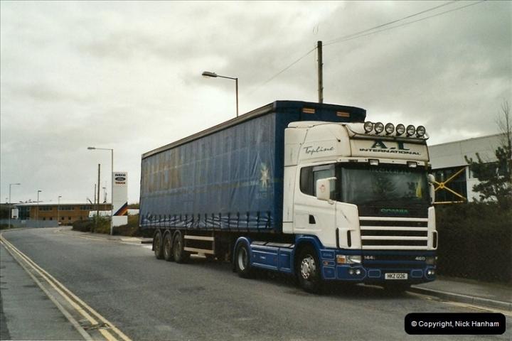 2004-04-04 Canford Heath, Poole, Dorset.  (1)460460