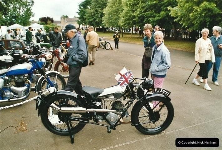 2004-06-20. VMCC Banbury Run, Banbury, Oxfordshire.  (30)520520