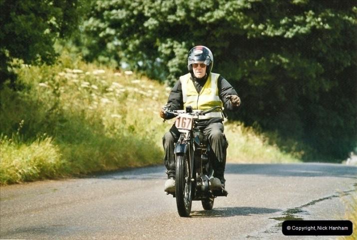 2004-06-20. VMCC Banbury Run, Banbury, Oxfordshire.  (35)525525