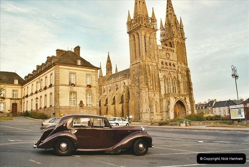 2004-06-29. St. Paul de Leon, France.543543