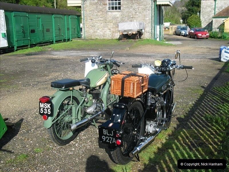 2005-04-16 & 17 Swanage Railway 50s & 60s Event @ Corfe Castle, Dorset.  (4)596596