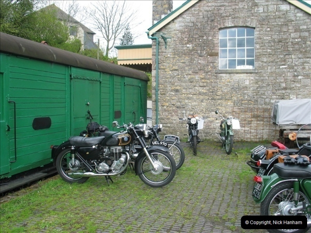 2005-04-16 & 17 Swanage Railway 50s & 60s Event @ Corfe Castle, Dorset.  (8)600600