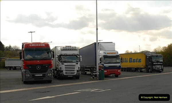 2012-04-16 Cherwell Services M40, Oxfordshire.  (9)165