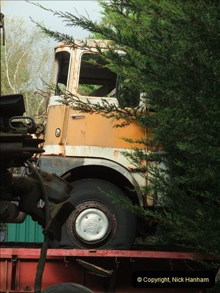 2012-10-02 John Weavers Yard, Holton Heath, Poole, Dorset.  (9)392