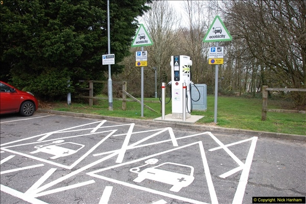 2014-03-26 Rownhams Services M27, Hampshire.  (1)047