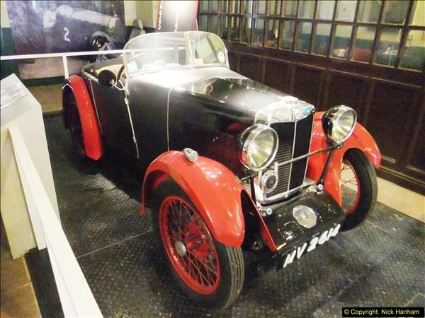 2014-05-17 Brooklands Museum, Weybridge, Surrey (The 1940s Relived).   (443)443
