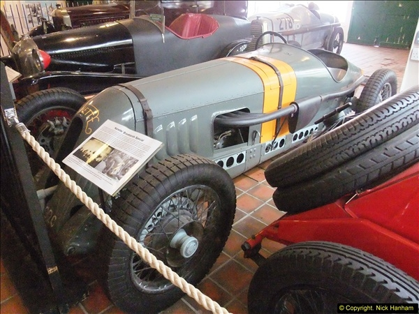 2014-05-17 Brooklands Museum, Weybridge, Surrey (The 1940s Relived).   (533)533