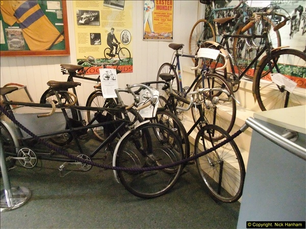 2014-05-17 Brooklands Museum, Weybridge, Surrey (The 1940s Relived).   (599)599
