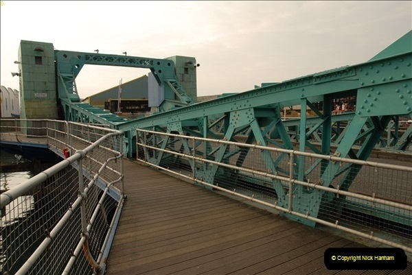 2012-02-29 Poole New Twin Sails Bridge  and Old Lifting Bridge.  (28)168