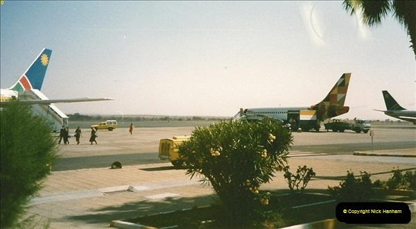 1998-10-16 To Cape Town, South Africa via Windehoek, Namibia. (3)003