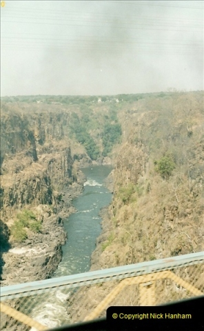 1998-11-03 Victoria Falls to Livingstone by Special Train (16)607