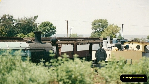 1998-11-03 Victoria Falls to Livingstone by Special Train (42)633
