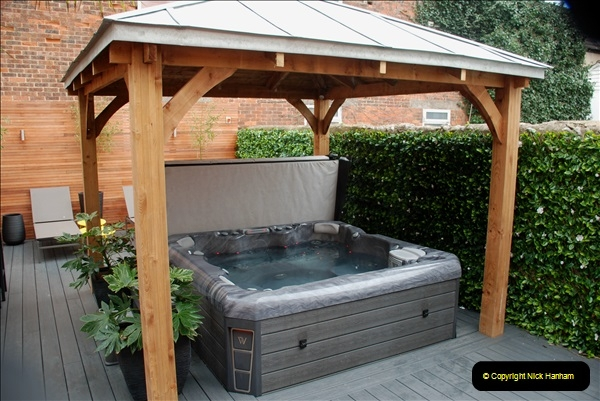 2019-03-11 to 13 Brighton, Sussex. (13) The Hot Tub at our Hotel. 013