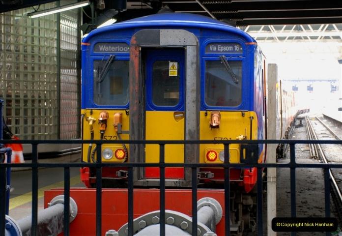 2019-04-30 London Waterloo. (18) 229