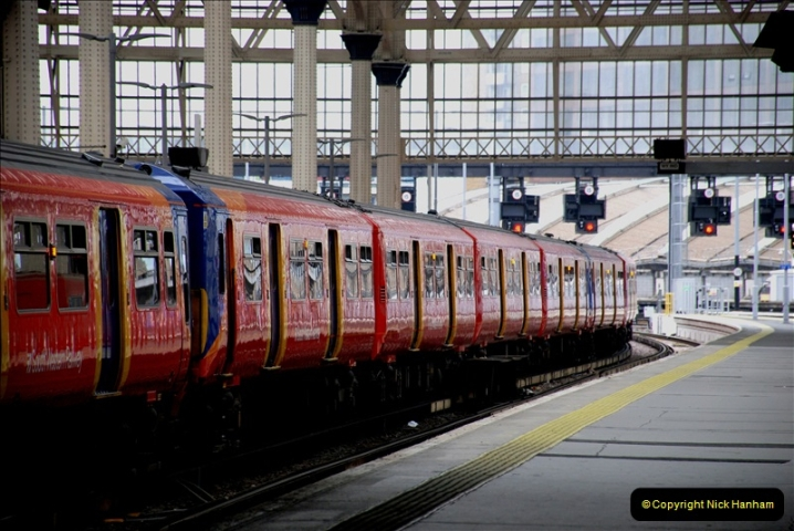 2019-04-30 London Waterloo. (21) 232