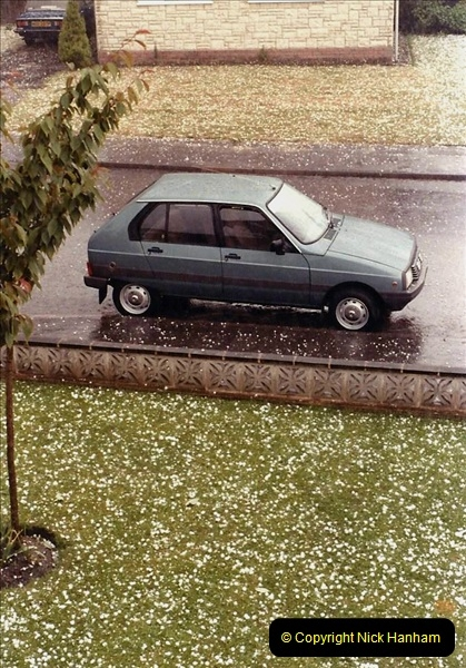 1983 May Hail storm in Poole, Dorset. (1) Hail stones as big as golf balls. 088279088