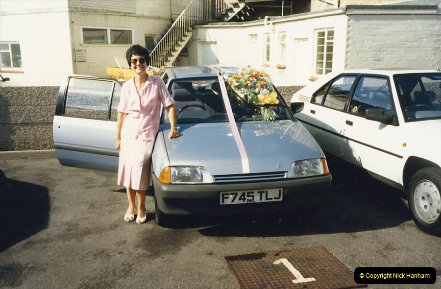 1988 A new car for your Host's Wife birthday. (6)605411