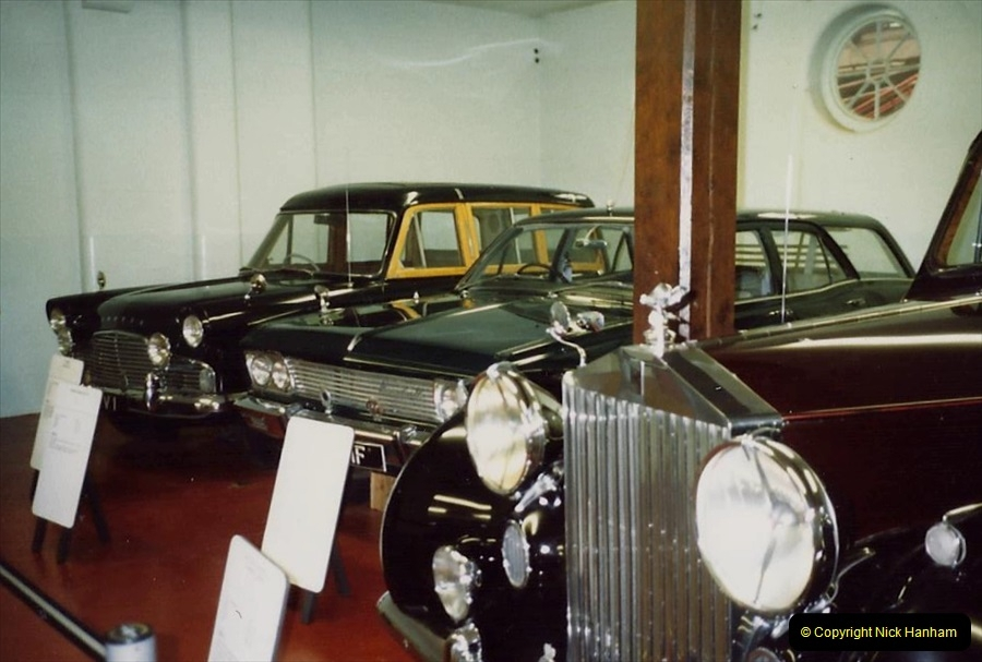 1988 Sandringham, Norfolk. The Royal Car collection. (46)683509
