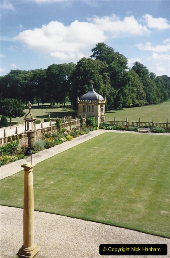 1989 Montacute House (NT) Somerset. (14) 572