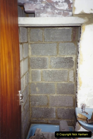 1989 April May June Your Host Building Cloakroom and shower room using alleyway between garage and house. (12)