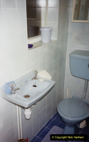 1989 April May June Your Host Building Cloakroom and shower room using alleyway between garage and house. (27)