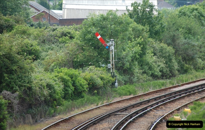2019-06-02 MBF Meeting on the IOW. (62) Island line trains pass the Museum. 063
