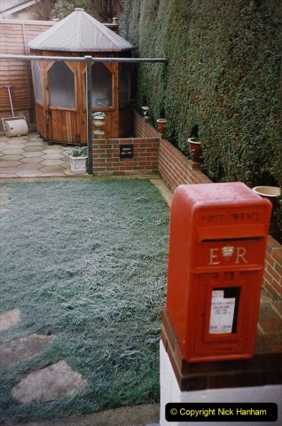 2000 Miscellaneous. (9) Very heavy January frost. 009