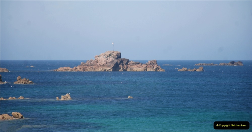 2019 June 28 to 05 July P&O MV Oriana France, Spain and Guernsey. (72) Guernsey CI. Round the island costal bus ride. 072