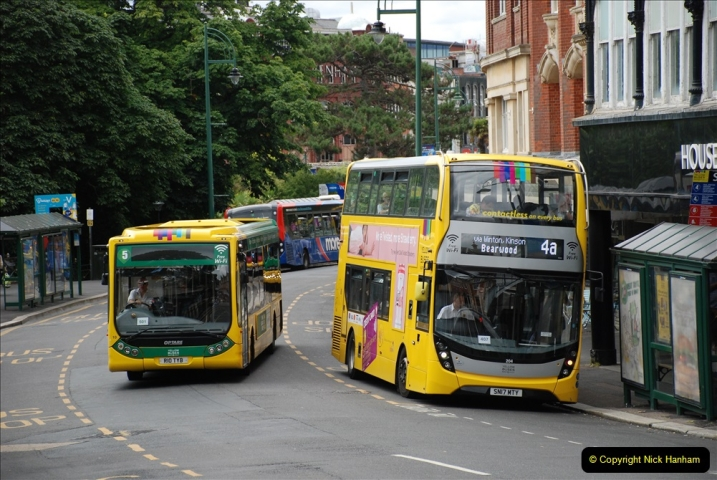 2019-07-11 More Yellow Buses. (72) 72