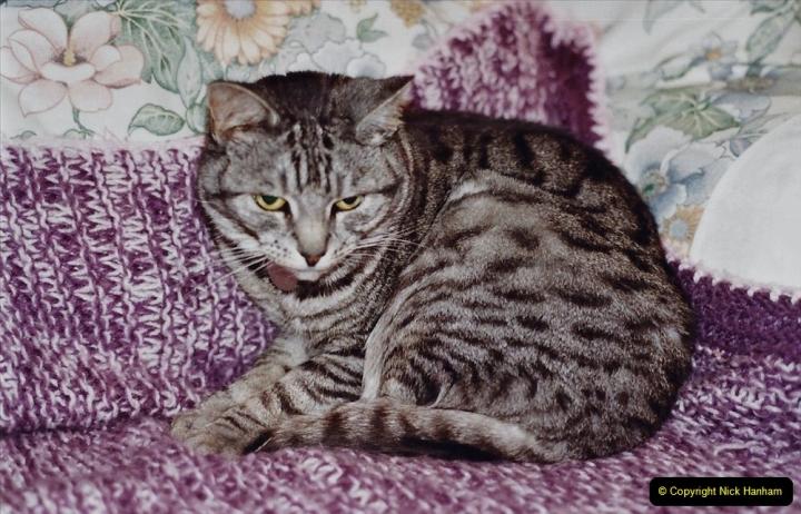 2001 Cleo. (75) 075