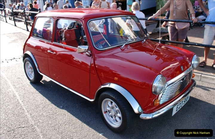 2019-07-12 Minis on Poole Quay. (33) 001
