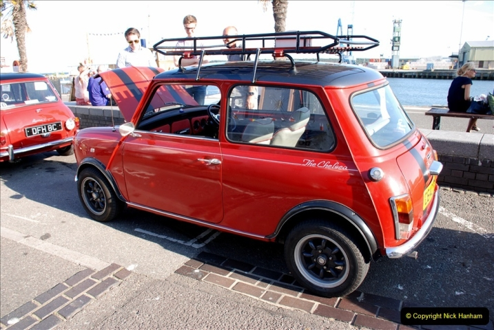 2019-07-12 Minis on Poole Quay. (58) 001